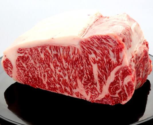 和牛のカロリーや栄養素は?健康的な食べ合わせまで徹底解説!